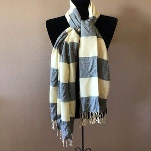 NEW Cejon Soft Yellow Gold and Gray Scarf